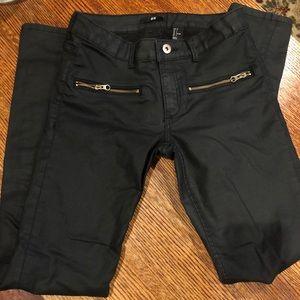 H & M black pants, size 6